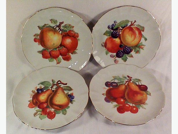 Winterling Schwarzenbach fruit plates