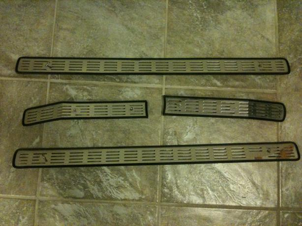 Ford Super Duty Grill Inserts