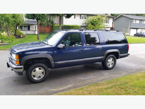 1999 chevrolet suburban 1500 lt 8 passenger 4x4 2900 outside victoria victoria. Black Bedroom Furniture Sets. Home Design Ideas