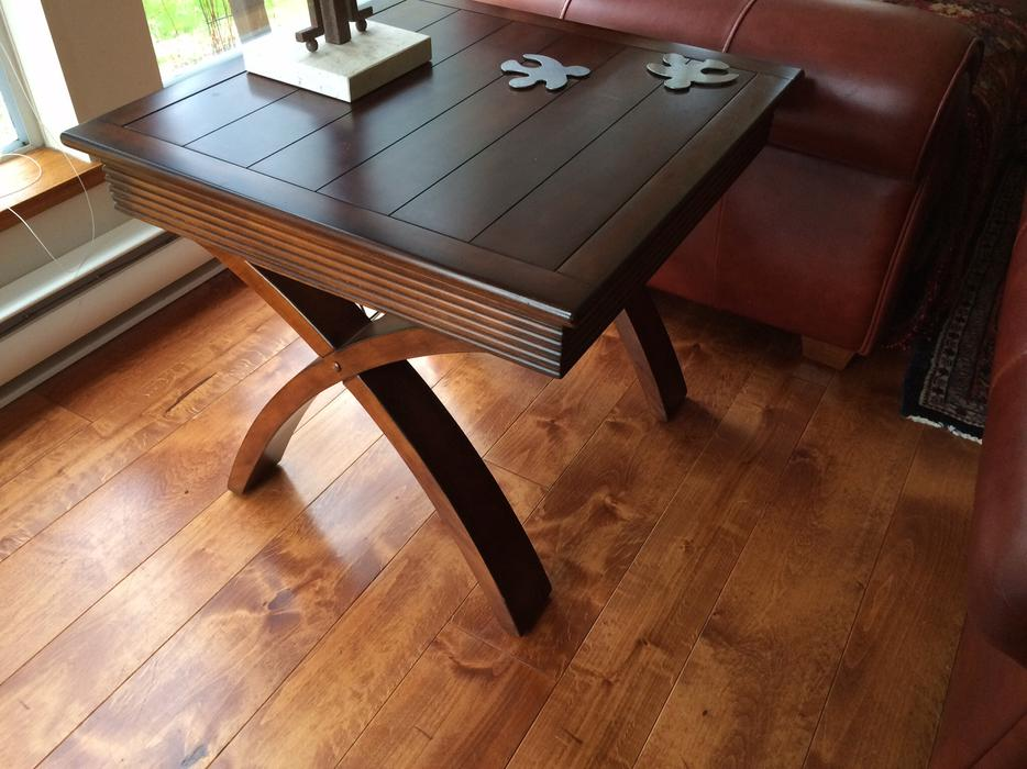 Fold Out Wood Coffee Table And End Table Maple Bay Cowichan