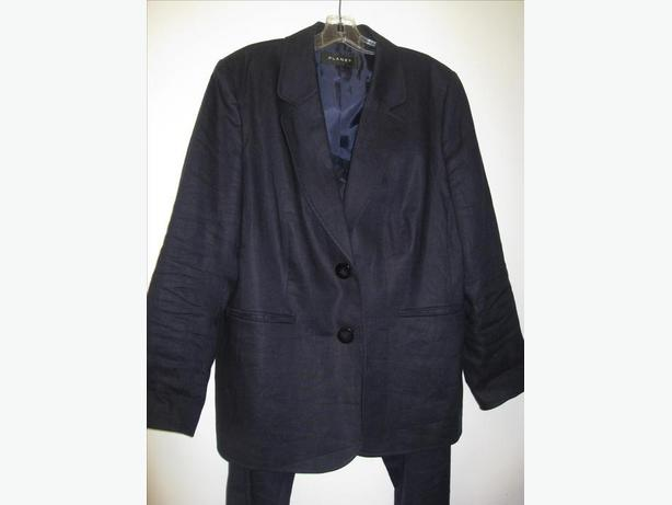 Ladies Linen Suit