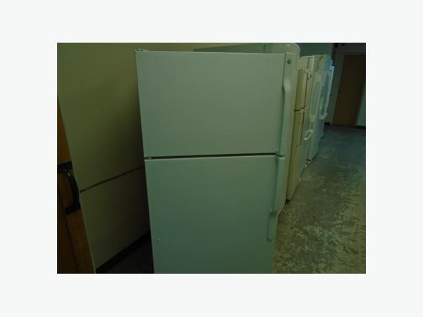 frigo ge 28 28 ge fridge montreal montreal. Black Bedroom Furniture Sets. Home Design Ideas