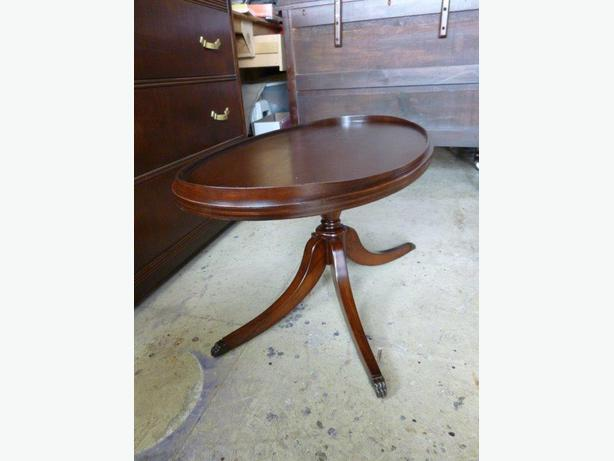 mahogany oval coffee table oval mahogany coffee table central saanich 7324