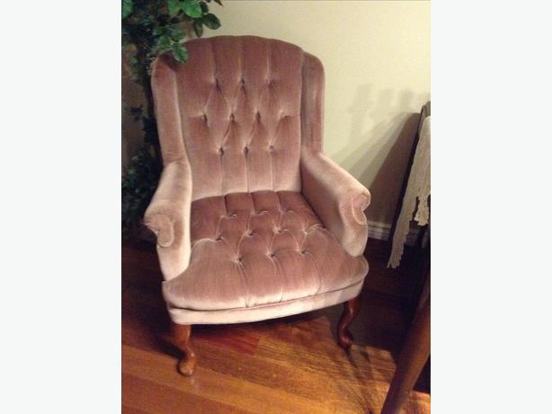 Super comfortable wingback chair west shore langford for Comfortable wingback chair