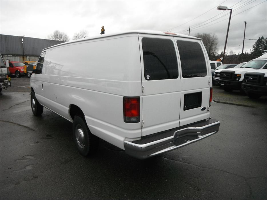 2005 ford e350 super duty extended cargo van diesel. Black Bedroom Furniture Sets. Home Design Ideas