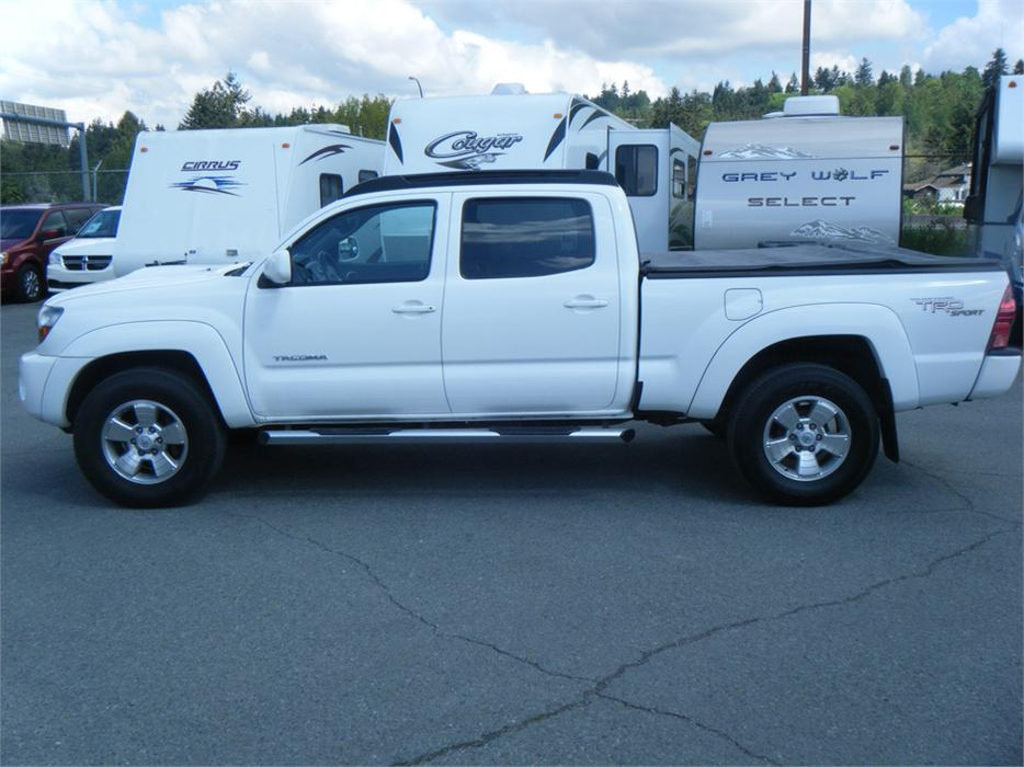 2010 toyota tacoma crew cab auto 4wd sr5 v6 trd sport package outside comox valley comox valley. Black Bedroom Furniture Sets. Home Design Ideas