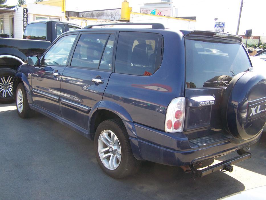 Used Tires Oshawa >> 2004 Suzuki Grand Vitara XL-7 4X4. Studded Winter Tires ...