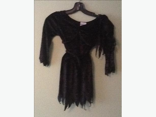 Black witch dress Girl's size 7/8