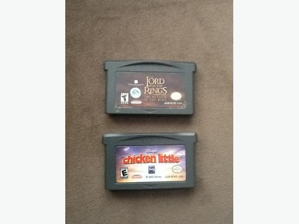 Nintendo Gameboy Advance Lord of the Rings & Chicken Little Games