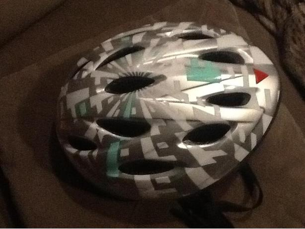 Bell Youth Helmet 54-57cm small