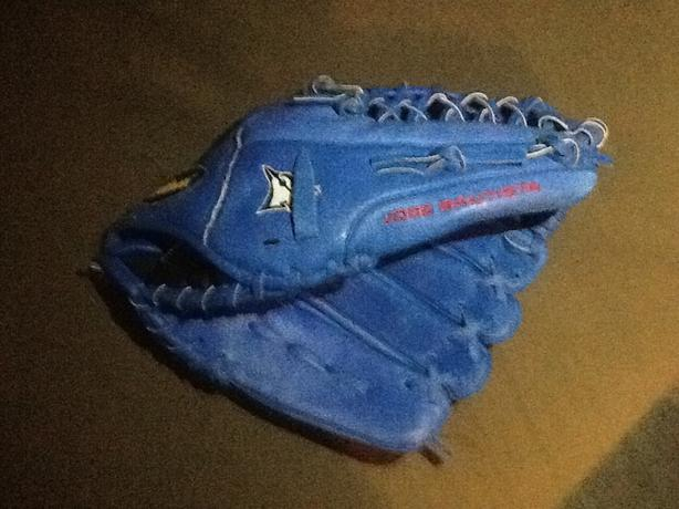 Blue Wilson a450 jose bautista glove - Left