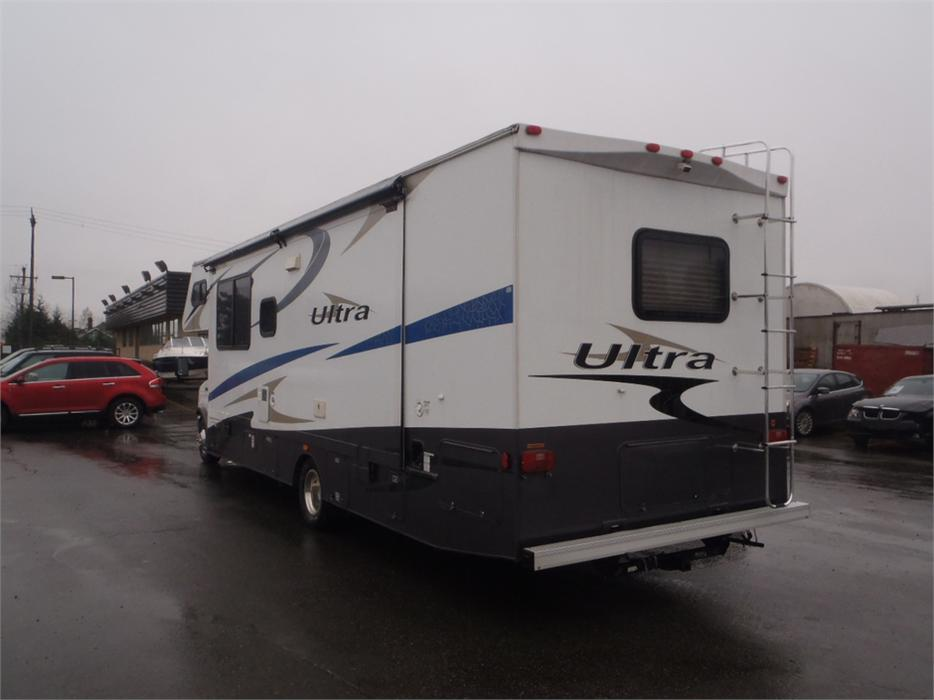 2008 Ford E 450 Gulfstream Conquest Ultra Outside Comox