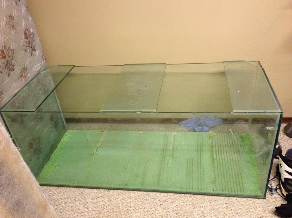 Large aquarium for sale north regina regina mobile for Used 300 gallon fish tank for sale