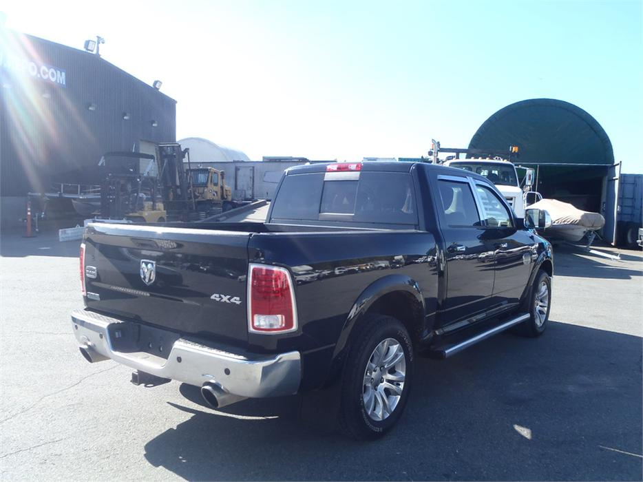2013 dodge ram 1500 laramie longhorn edition crew cab short box 4wd outside nanaimo nanaimo. Black Bedroom Furniture Sets. Home Design Ideas