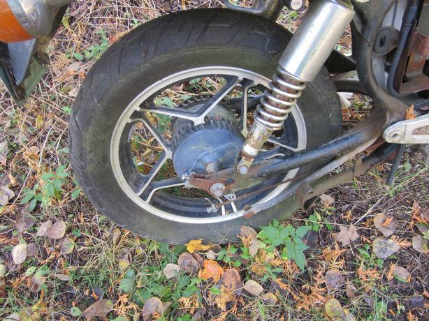 HOnda CB450 Nighthawk rear wheel rim rear axle final driven flange
