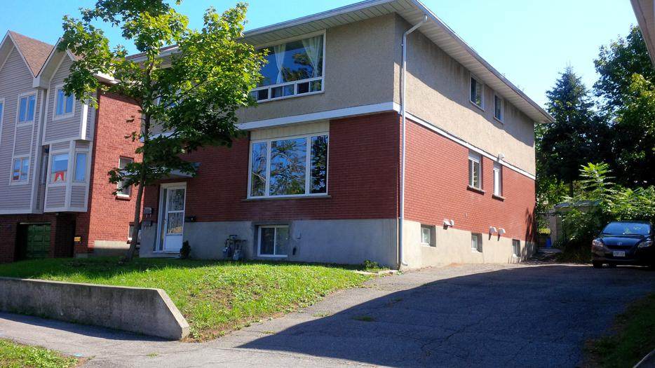 Updated 3 Bedroom 1 Bath Apartment For Rent Lincoln