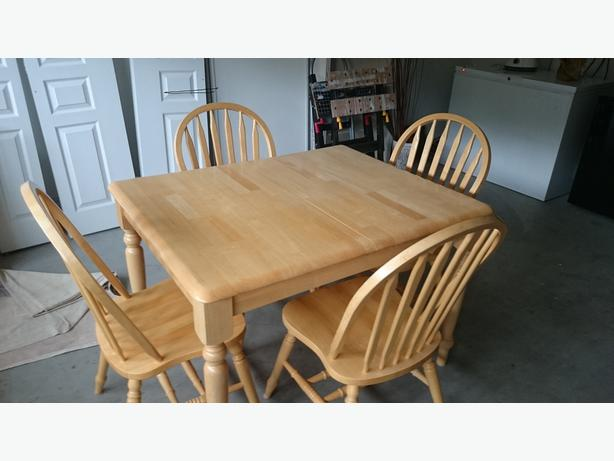 Solid oak dining set kelowna okanagan