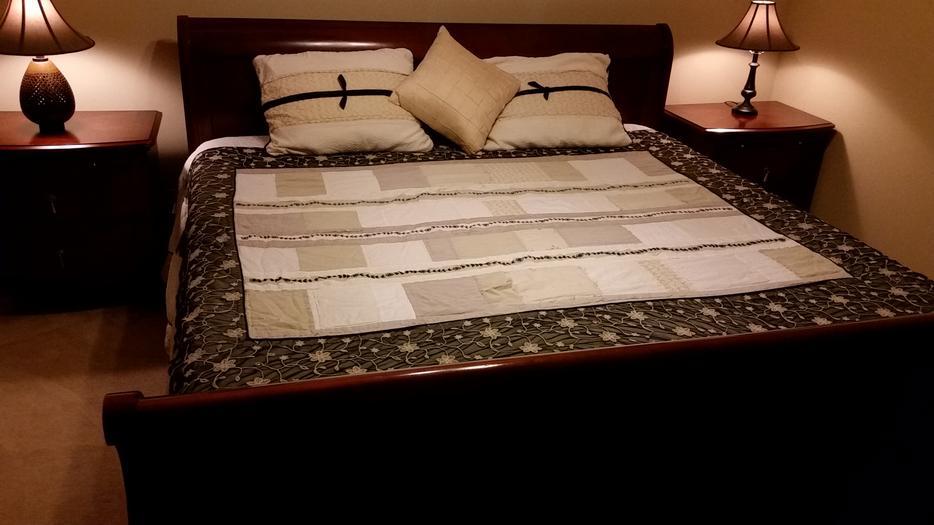 King Size Tempur Pedic Sleigh Bed Revised Rural Regina