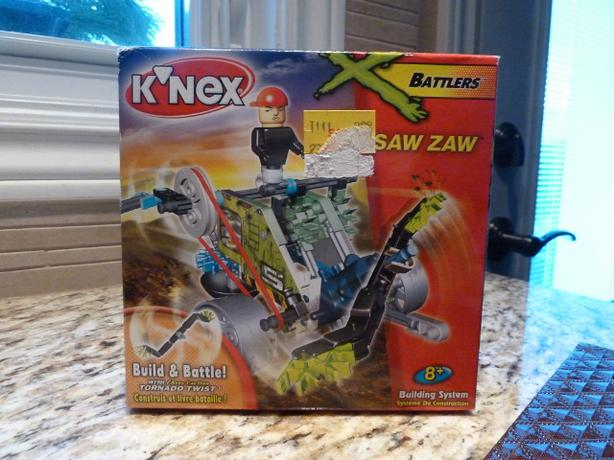 NEW KNEX BATTLERS SAW ZAW BUILD & BATTLE TORNADO