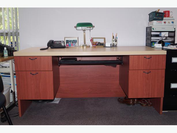 Office Furniture For Sale Central Ottawa Inside Greenbelt