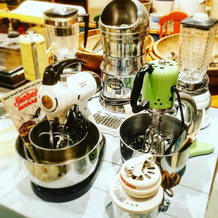 Kitchen Appliances Regina: Vintage & Antique Kitchen Appliances Central Saanich, Victoria