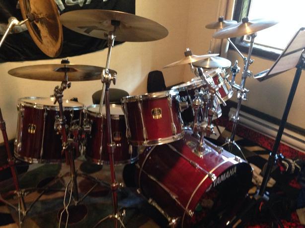 yamaha stage custom drums saanich victoria. Black Bedroom Furniture Sets. Home Design Ideas