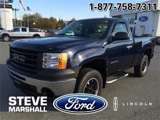 2011 gmc sierra 1500 wt with tow package outside victoria victoria. Black Bedroom Furniture Sets. Home Design Ideas