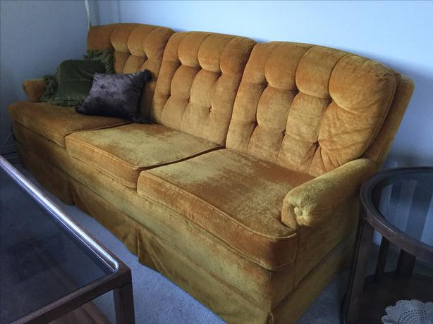 Chesterfield/chair