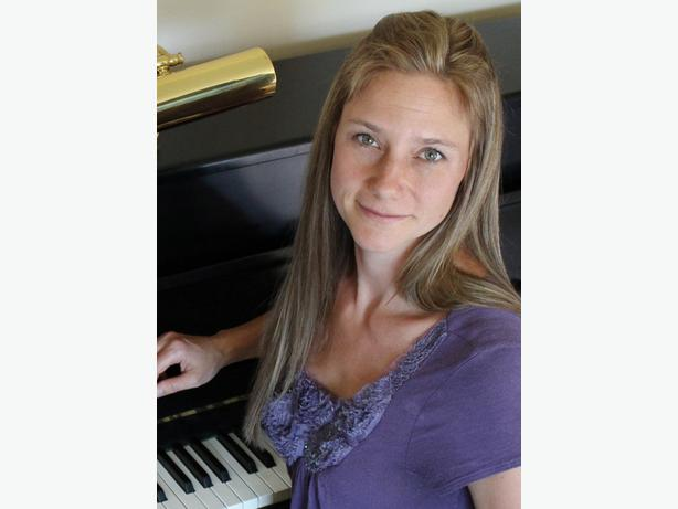 Piano Lessons in Parksville, Qualicum, Errington, Coombs