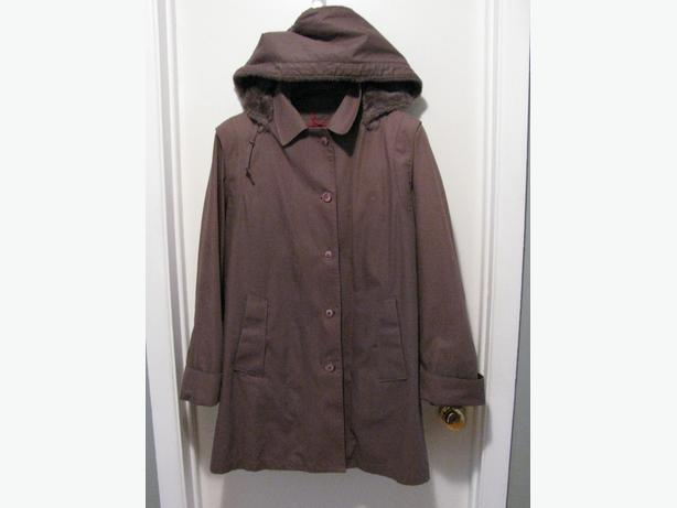 Woman's 3 Season/Convertible A-line Coat