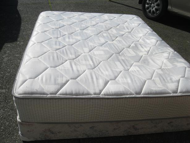 Queen Size Mattress Spring Box Saanich Victoria Mobile