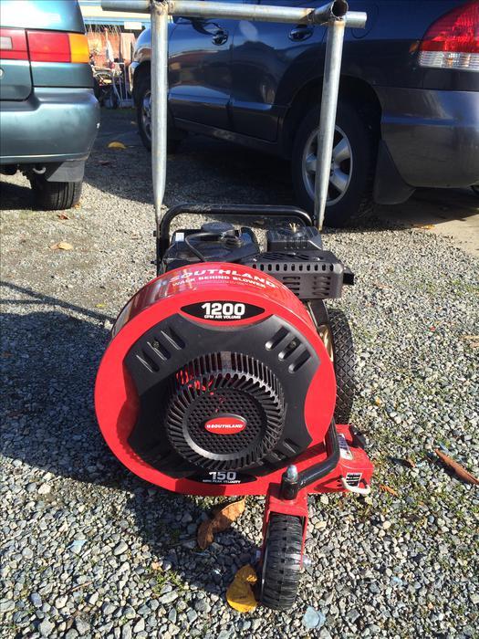 Heavy Duty Blower : Awesome heavy duty push leaf blower esquimalt view royal