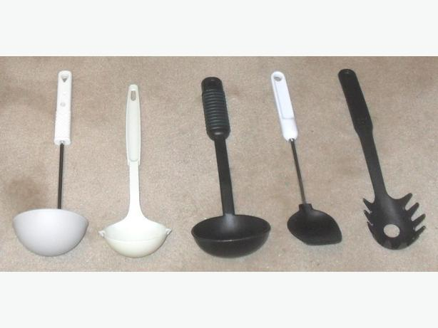 5 Good Condition Kitchen Cooking Utensils