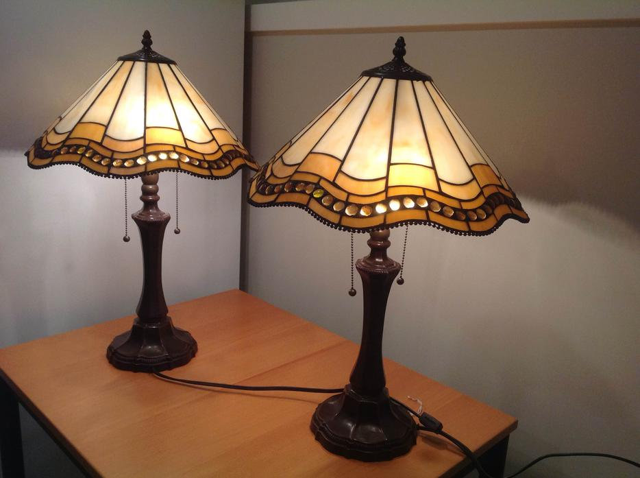 Salt Lamps Guelph : Tiffany Style Table Lamps Oak Bay, Victoria