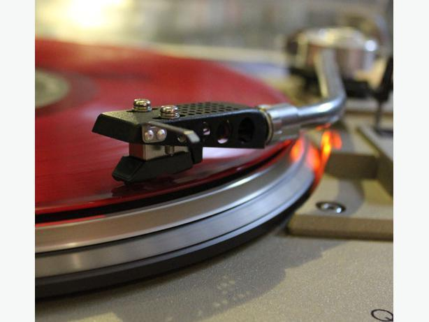 1,000's of Vinyl Records For Sale - Browse Inventory Online!