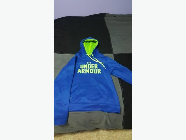 Large Under Armour Sweater/ Hoodie