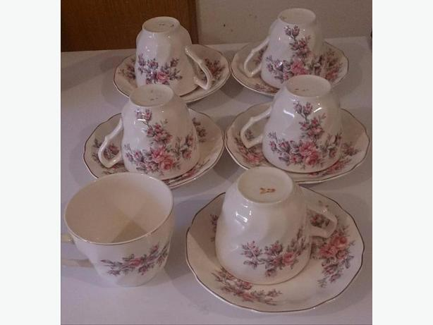 Johnson Bros - Made in England Tea Set ** NEW PRICE **