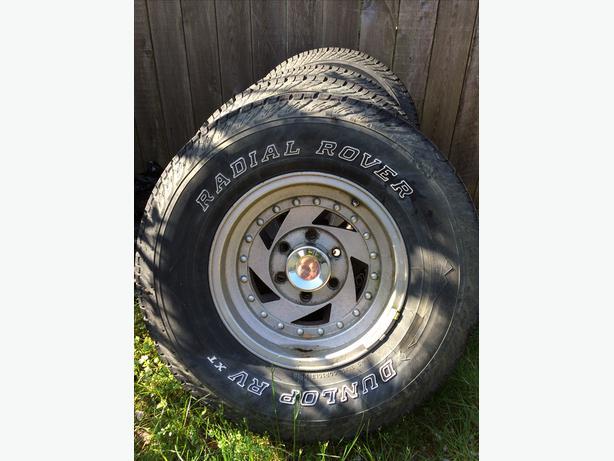 31 x 10.5R15 tires on Aluminum Rims x 4