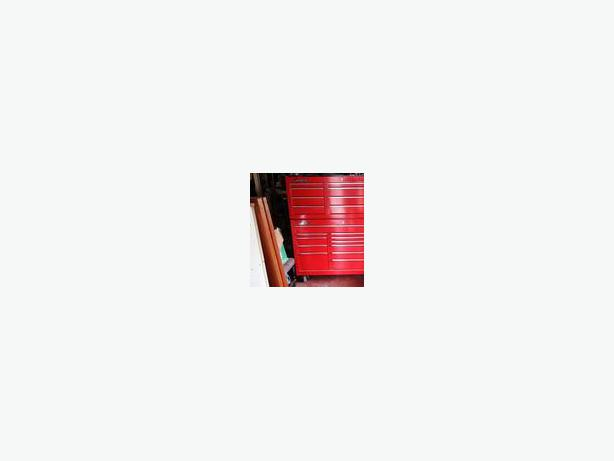 Snap On Red Classic 78 Upper and Lower Tool Box Cabinet