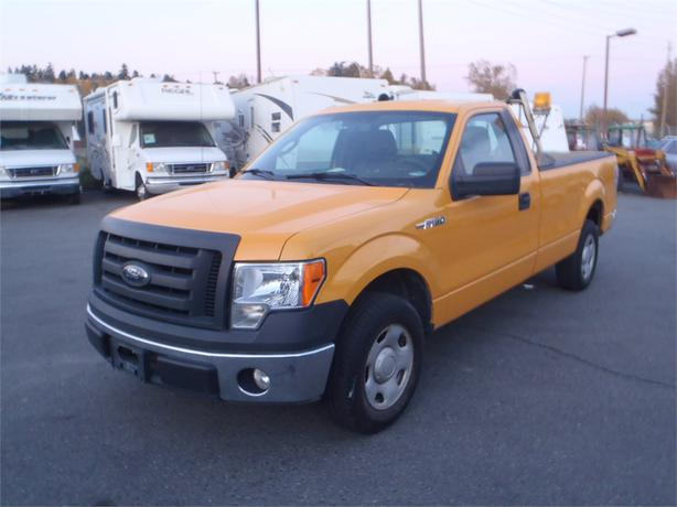 2009 ford f 150 xlt regular cab long box 2wd outside. Black Bedroom Furniture Sets. Home Design Ideas