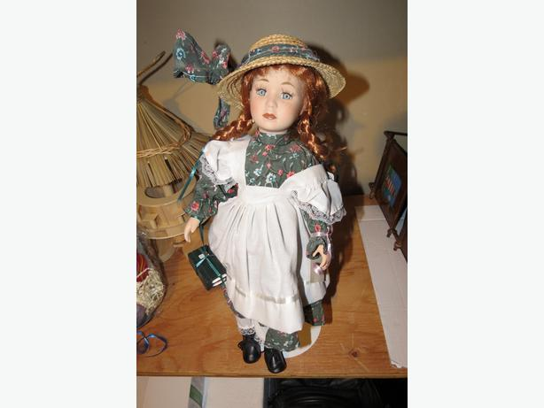2 Porcelain Dolls: Anne (Ltd Edition) and Native Baby, MInt Condition