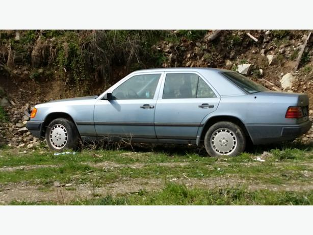 1986 Mercedes 300 gas parts car.