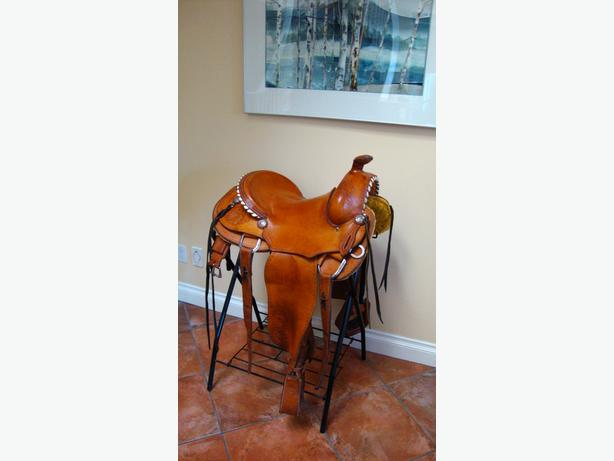 17 inch Custom made Western saddle for sale