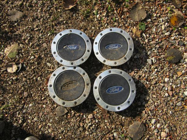 Ford Windstar hubcap centers wheel centres