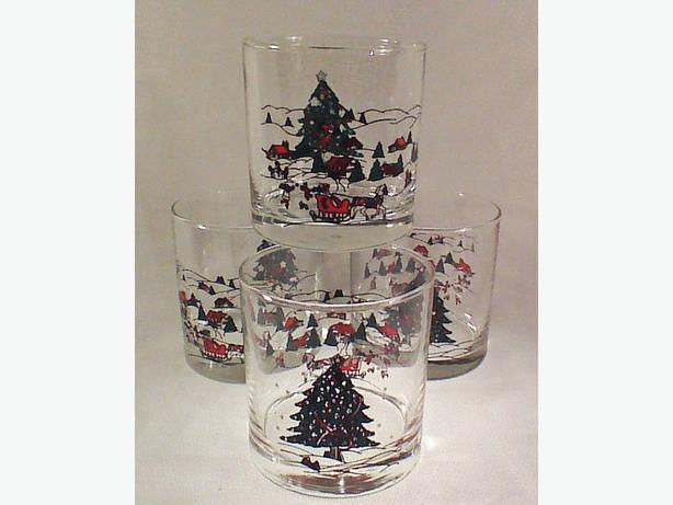 Christmas glassware set