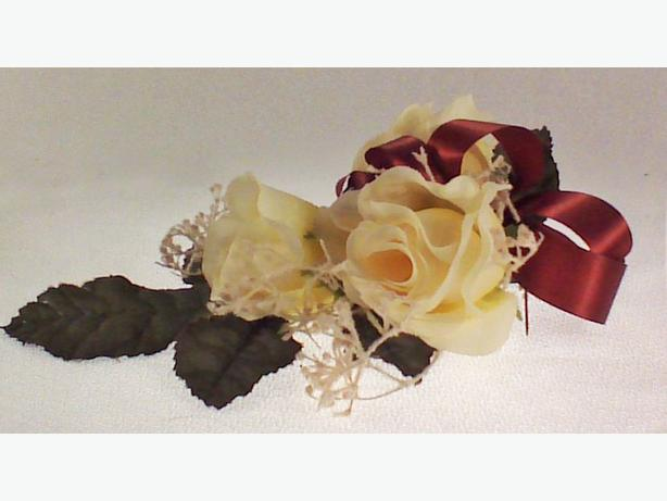 Cream fabric corsage