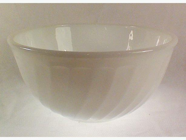 Fire-King mixing bowl white swirl 8 inch
