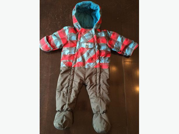 Gusti one piece snowsuit size 18 months