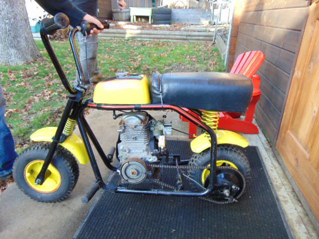 vintage 1960 39 s gilson mini motorcycle bike 5 0 gc 160. Black Bedroom Furniture Sets. Home Design Ideas