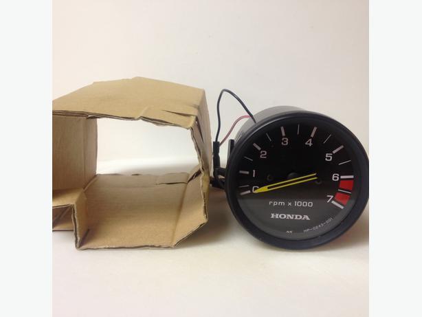 Honda Tachometer and trim gauge